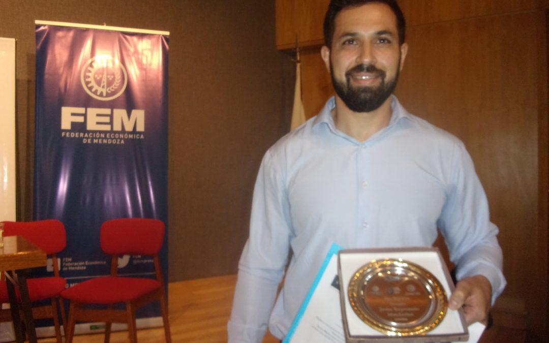 Mauricio Pío De Amoriza de Madera Plástica Mendoza ganó el Premio Joven Empresario Mendocino
