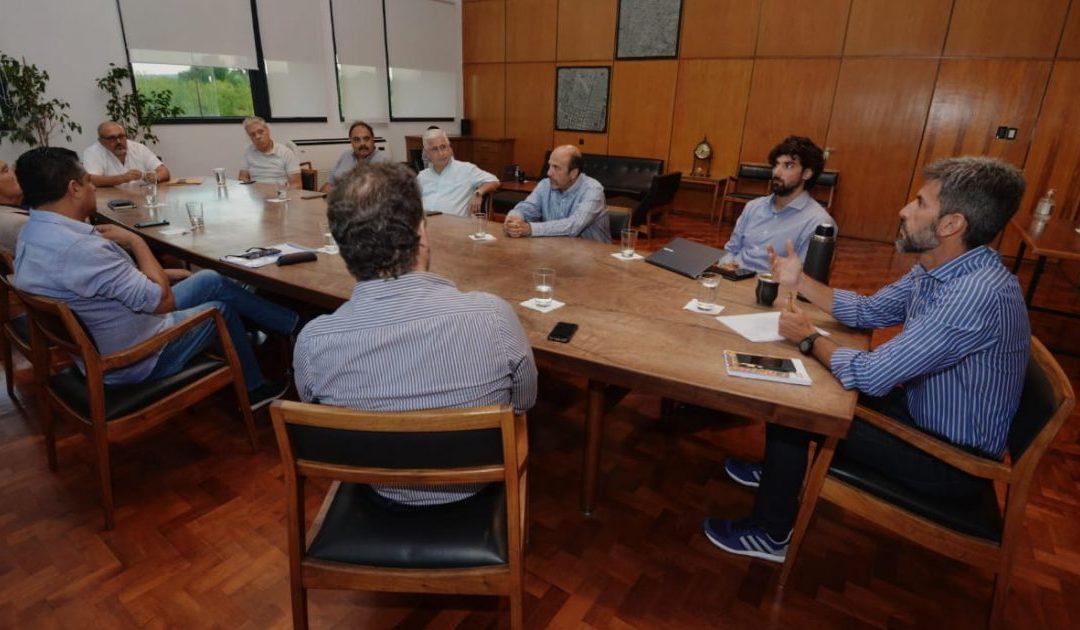 La FEM se reunión con el intendente de la Ciudad de Mendoza por el horario en el centro